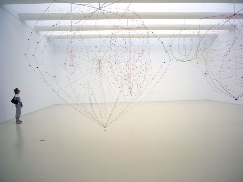 "Lionel_Esteve_View of the exhibition ""Fleurs "" at Herzliya Museum of Art Herzliya (Israël), 2006_583_1"