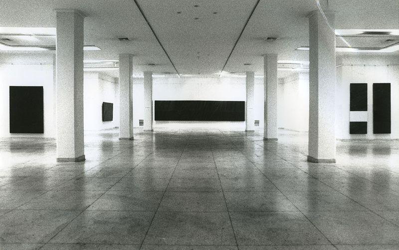 """Pierre_Soulages_View of the exhibition """"Pierre Soulages, une rétrospective"""" at Fine Arts Museum  Beijing (China), 1994_7134_1"""