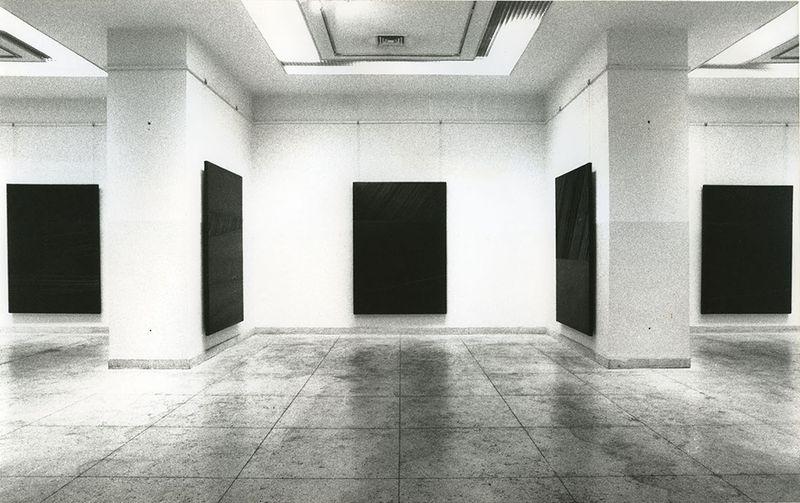 """Pierre_Soulages_View of the exhibition """"Pierre Soulages, une rétrospective"""" at Fine Arts Museum  Beijing (China), 1994_7135_1"""