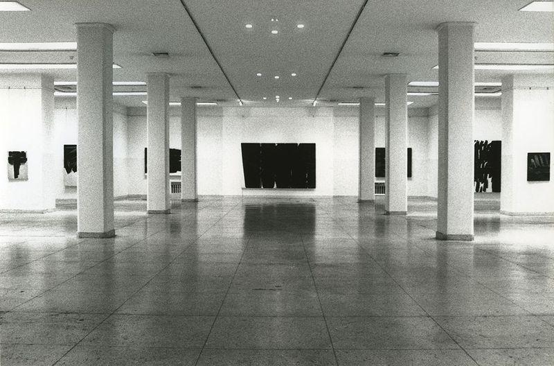 """Pierre_Soulages_View of the exhibition """"Pierre Soulages, une rétrospective"""" at Fine Arts Museum  Beijing (China), 1994_7138_1"""
