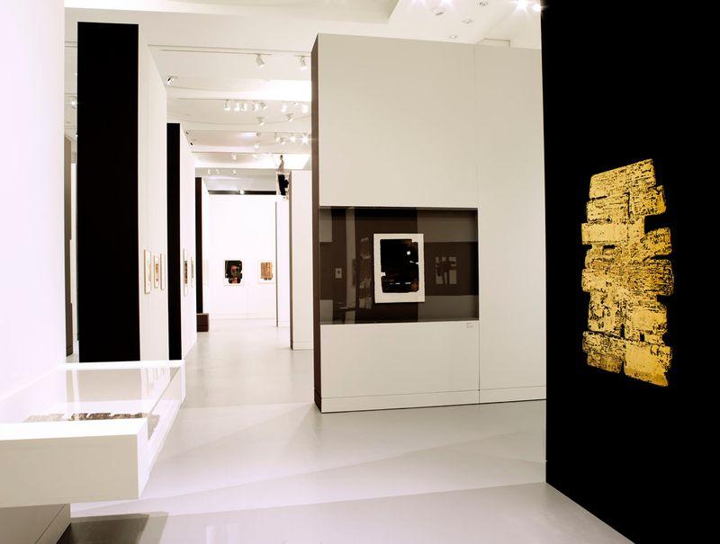 """Pierre_Soulages_View of the exhibition """"Soulages. Le temps du papier"""" at Contemporary Art Museum Strasbourg (France), 2009_7171_1"""