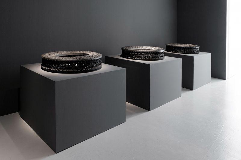 Wim_Delvoye_View of the exhibition  at Perrotin, Paris  Paris (France), 2014_8016_1