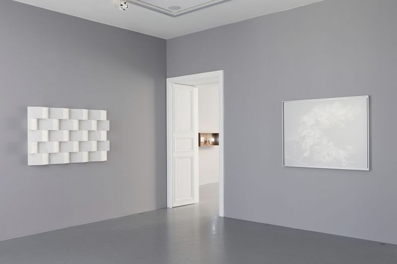 "On left :""Anechoic Wall"", 2014 / Marble  / 100 x 160 x 10 cm, 39 1/4 x 63 x 4 inches /Unique"