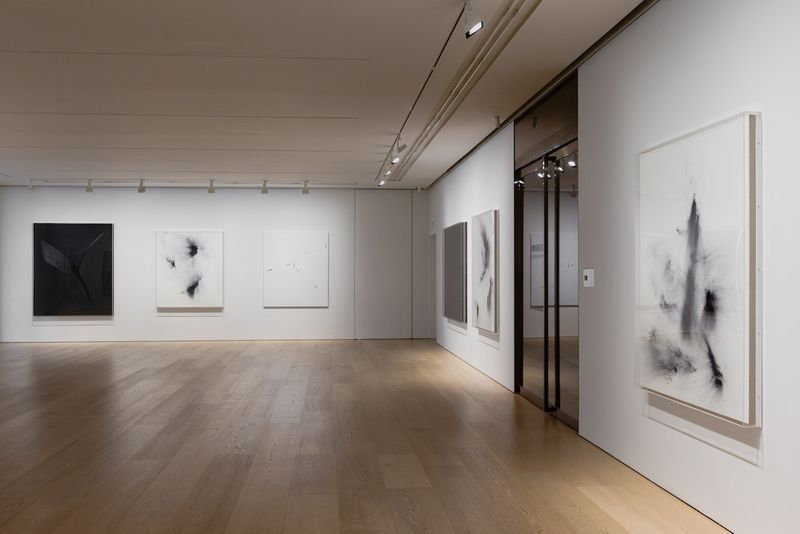 "Thilo_Heinzmann_View of the exhibition ""Cloud Clear Horizon"" at Perrotin Hong Kong (China), 2014_8056_1"