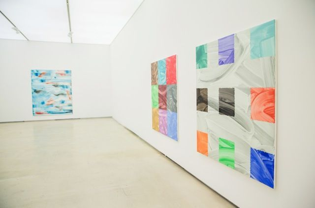 """Bernard_Frize_View of the exhibition """"We have a thread, and we want to know the whole cloth"""" at Johyun Gallery  Busan (South Korea), 2014_8096_1"""
