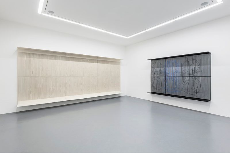 """Jesus_Rafael_Soto_View of the exhibition """"Chronochrome"""" curated by Matthieu Poirier  at Perrotin Paris (France), 2015_8602_1"""