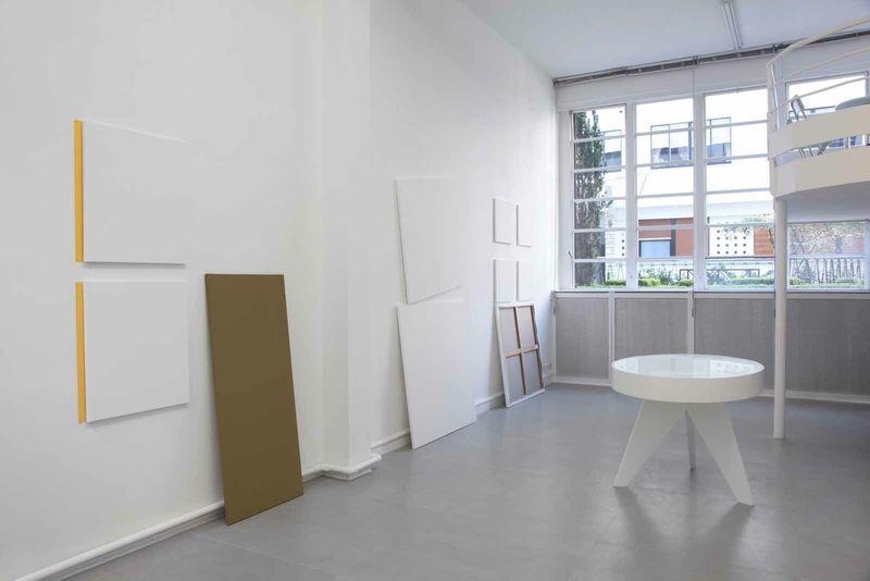 """Claude_Rutault_View of the exhibition """"AMZ ou le soleil brille pour tout le monde"""" curated by Daniel Bosser  at Fondation Hippocrène Paris (France), 2015_9112_1"""