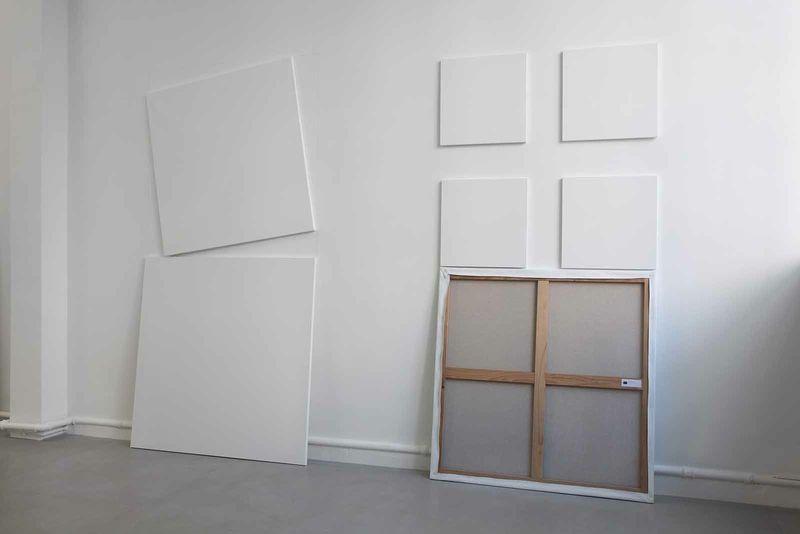"""Claude_Rutault_View of the exhibition """"AMZ ou le soleil brille pour tout le monde"""" curated by Daniel Bosser  at Fondation Hippocrène Paris (France), 2015_9113_1"""