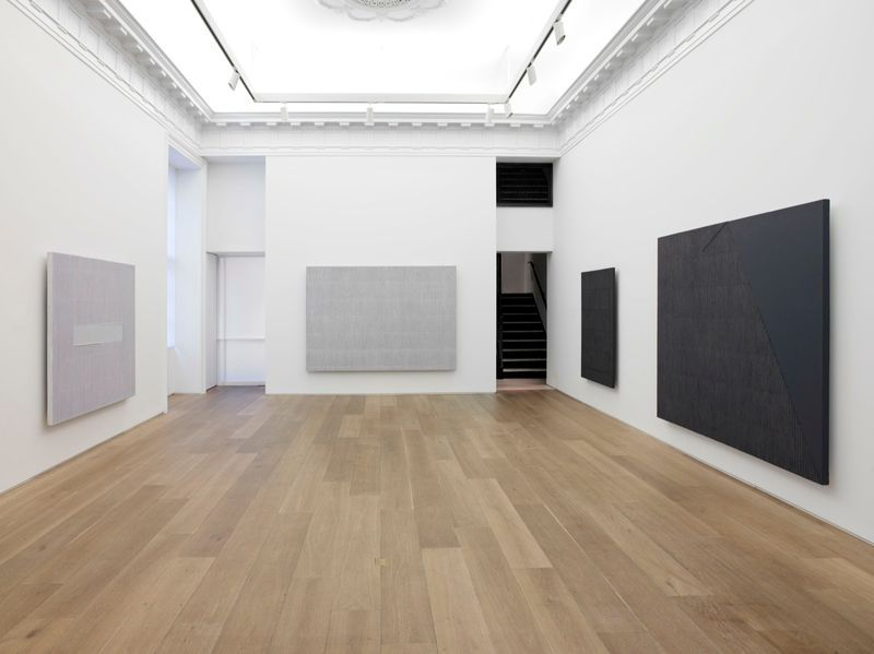 "Seo-Bo_Park_View of the exhibition ""Ecriture"" at Perrotin - 909 Madison Avenue, New York  New York (USA), 2015_9259_1"