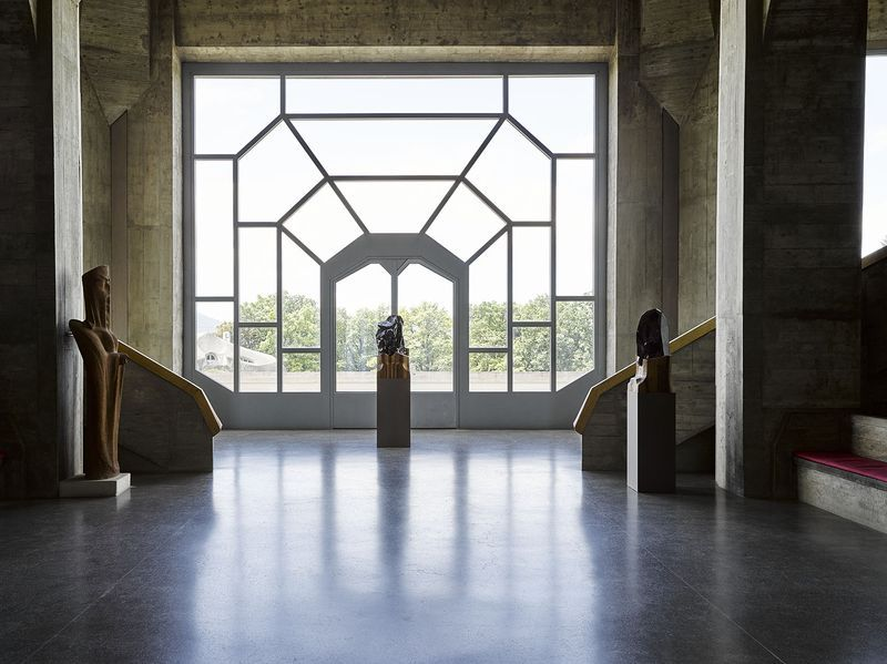 "Jean-Michel_Othoniel_View of the exhibition ""Invisibility Faces"" at Goetheanum Dornach (Switzerland), 2015_9315_1"