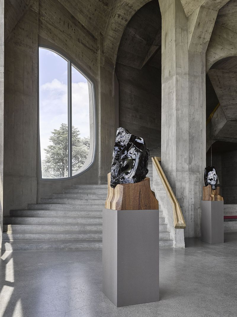 "Jean-Michel_Othoniel_View of the exhibition ""Invisibility Faces"" at Goetheanum Dornach (Switzerland), 2015_9316_1"