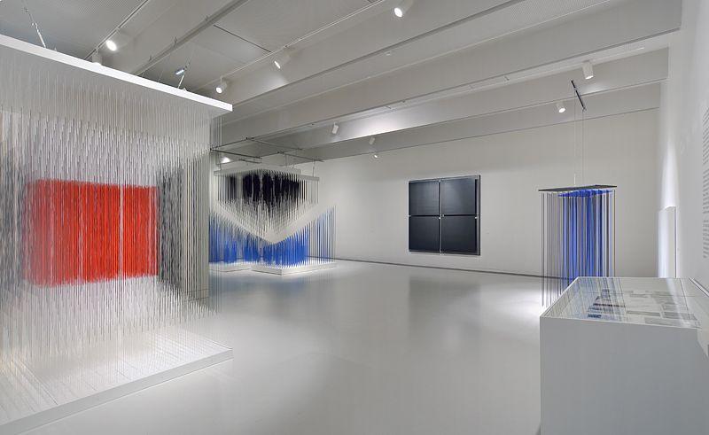 """Jesus_Rafael_Soto_View of the exhibition """"Jesús Rafael Soto. Une rétrospective"""" curated by Matthieu Poirier  at Musée Soulages Rodez (France), 2015_9758_1"""