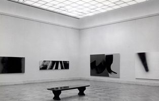 View of the exhibition  curated by Henry Geldzahler  at The Metropolitan Museum of Art  New York (USA), 1975 | Hans HARTUNG