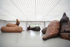 "View of the exhibition ""Gelatin: Vorm - Fellows - Attitude"" at MUSEUM BOIJMANS VAN BEUNINGEN  ROTTERDAM (Pays-Bas), 2018 | GELITIN"