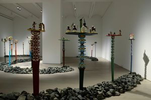 "View of the exhibition ""Aloalo, Mahafaly Sculptures of the Efiaimbelos"" at NEW YORK GALLERY LLC NEW YORK (USA), 2018 | EFIAIMBELO FAMILY"
