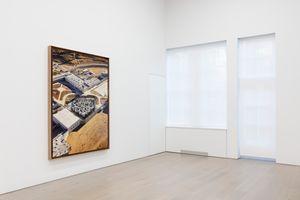 "View of the exhibition ""TEHACHAPI"" at PERROTIN New York (USA), 2021 | JR"