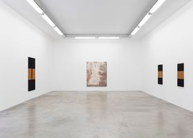 """View of the exhibition """"The Return"""" at GALERIE PERROTIN Paris (France), 2021   John HENDERSON"""