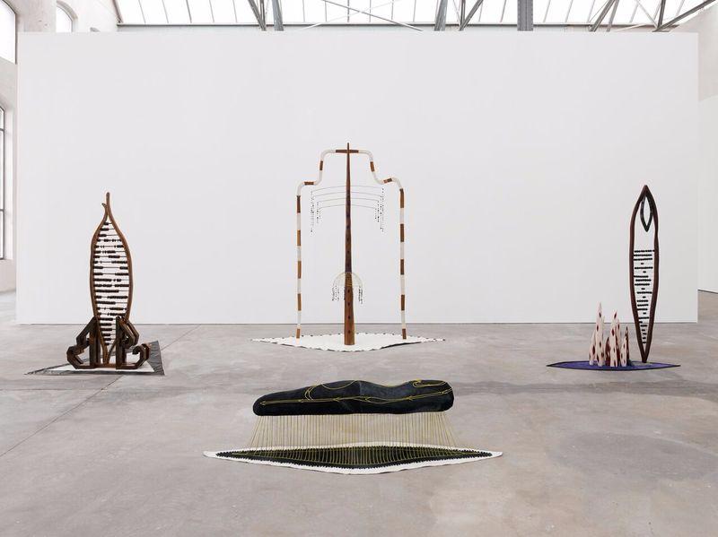 """Matthew_Ronay_View of the exhibition """"The Door is Open"""" at Kunsthalle Lingen  Lingen (Germany), 2014_14459"""