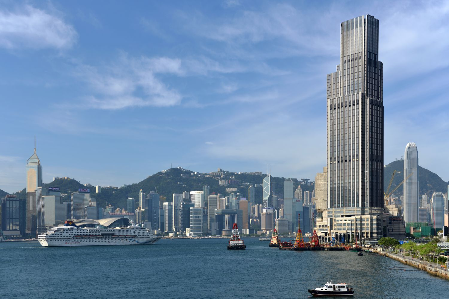 After eight successful years, the Hong Kong gallery moves across the harbor to K11 ATELIER Victoria Dockside on the Tsim Sha Tsui waterfront.