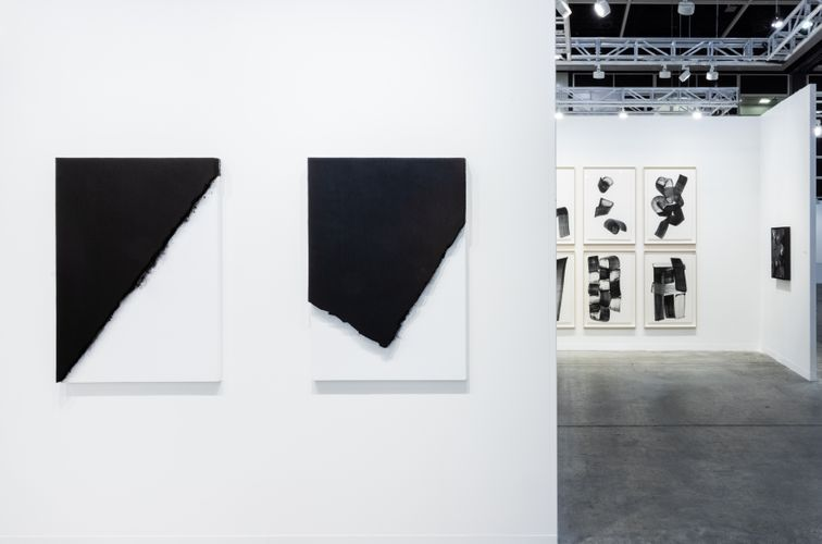 Works by LEE Bae (Photo: Ringo Cheung)