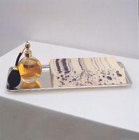 """展覽現場圖 """"Kate Ericson and Mel Ziegler"""" 于 GALERIE PERROTIN  PARIS (France), 1992   凱特·埃里克森 & 梅爾·齊格勒"""